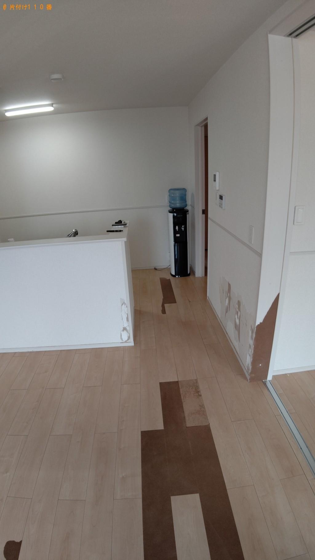 【伊勢市】ガラステーブル、ローテーブル、ソファー等の回収・処分